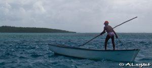 Sur la passe St-François, une pêcheur rodrigais