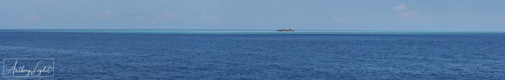 TUBBATAHA REEFS - South atoll view